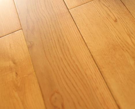 18MM Lacquered Solid Hardwood Flooring