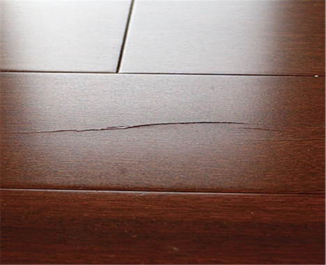Cracks On The Surface Of Solid Wood Flooring